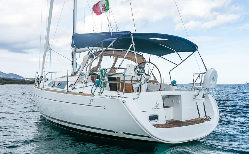 Beneteau Oceanis 37 usato Sardegna