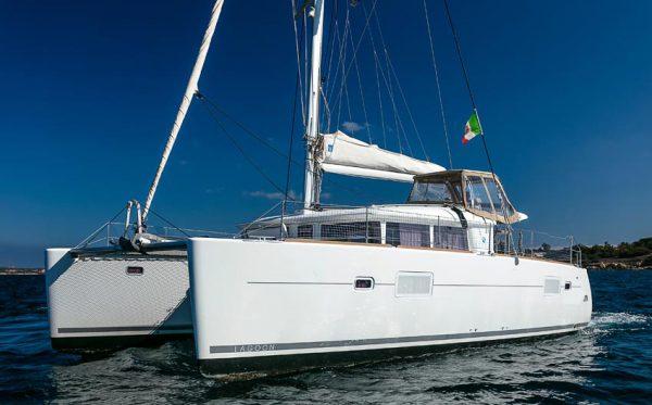 Lagoon 400 catamarano usato sardegna